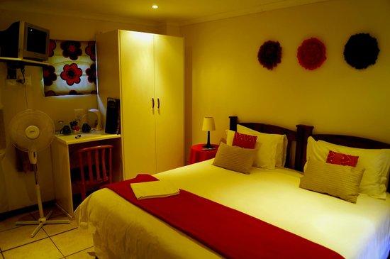 88 Baron van Reede Guesthouse: The Barn - Room 8