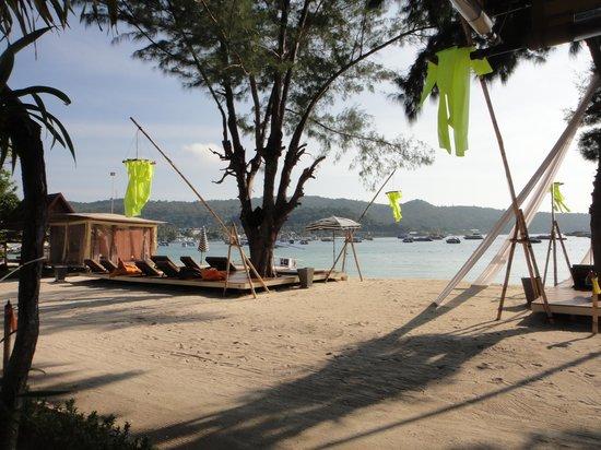 Mama Beach Residence: Mama beach beach view