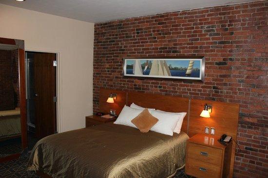 Harborside Inn : Zimmer 8. Stock
