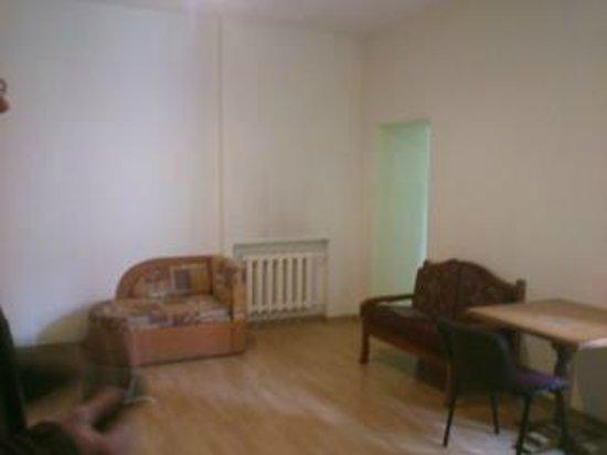 Cheap & Good Apartments: das Loch in der Wand ist leider nicht zu sehen