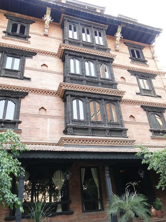 Kantipur Temple House: Hotel from outside