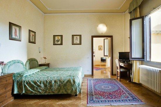Hotel Alessandra: Suite Baccio - River view