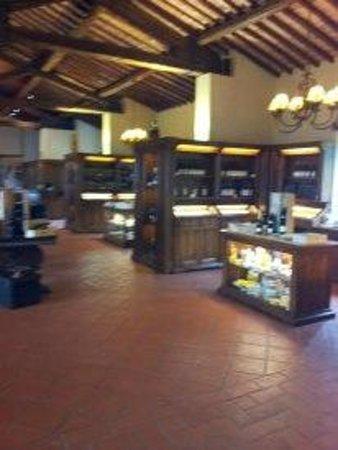 Castello Banfi - Il Borgo: Lo shop