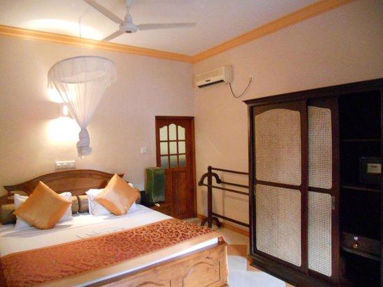 Hotel Bentota Village: Room