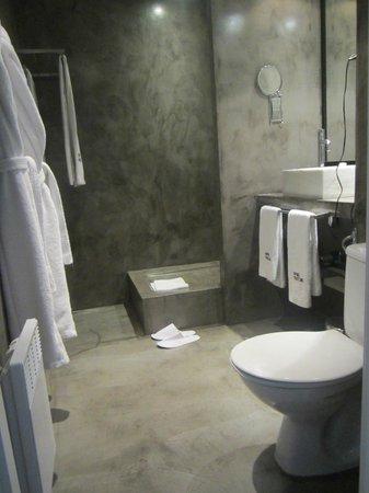 Hotel Pulitzer: Baño