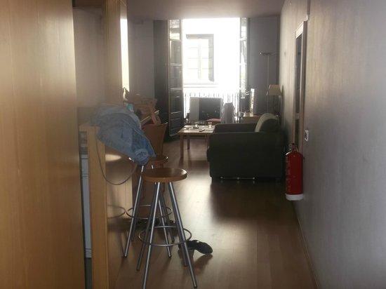 MH Apartments Opera Rambla: View as you enter