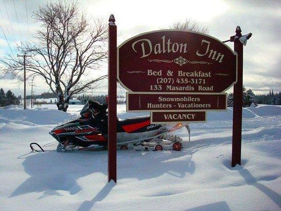 Dalton Inn sign