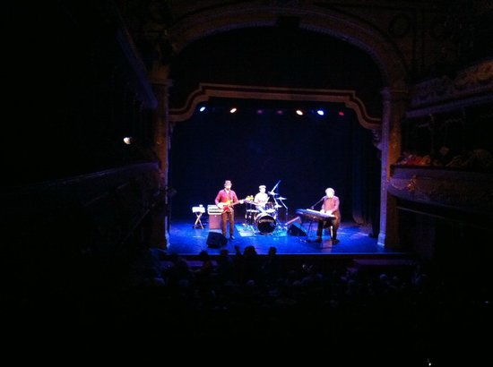 City Varieties Music Hall: Chas & Dave on stage