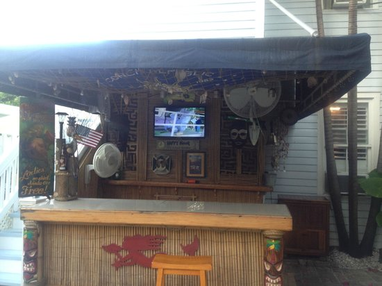 Duval Inn: The tiki bar :)