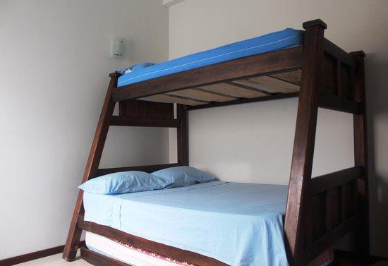 Apartamento Amoblado Mirador del Laguito: Segunda habitacion / Second bedroom