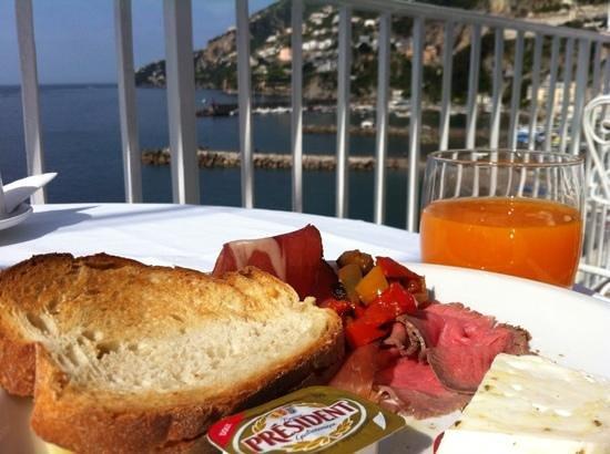 Hotel Marina Riviera: Adicionar uma legenda