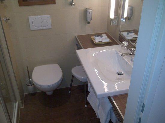 Platzl Hotel : salle de bain
