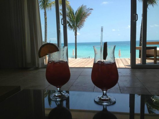The Cove Eleuthera: View from our room with the complimentary drinks we received at check-in!