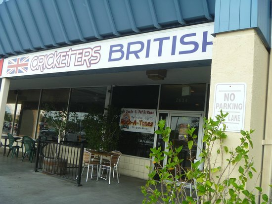 Mike and Lisa's Cricketers British Pub and Restaurant: where locals love
