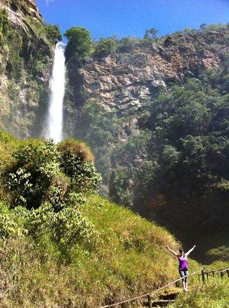 Salto do Itiquira Falls: Imensa!