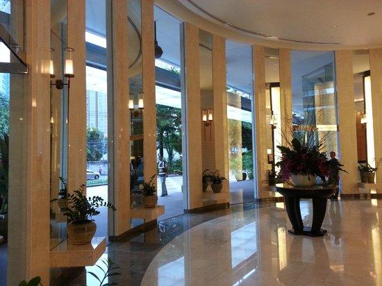 Chatrium Residence Sathon Bangkok: hall d'entrée