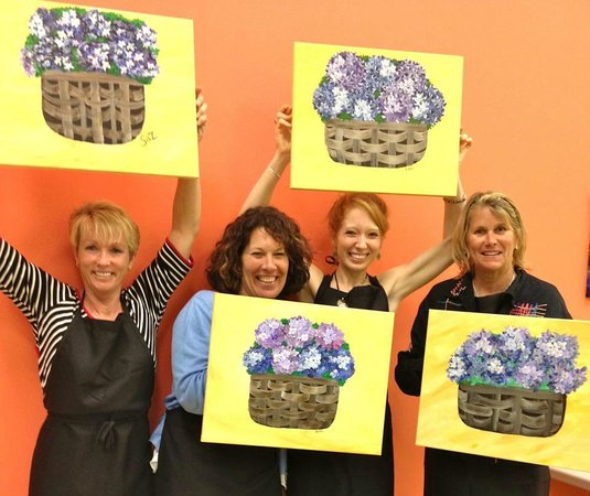 Artfully Yours Paint Bar: HAPPY LADIES