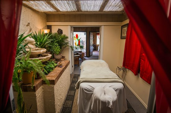 Uptown Massage