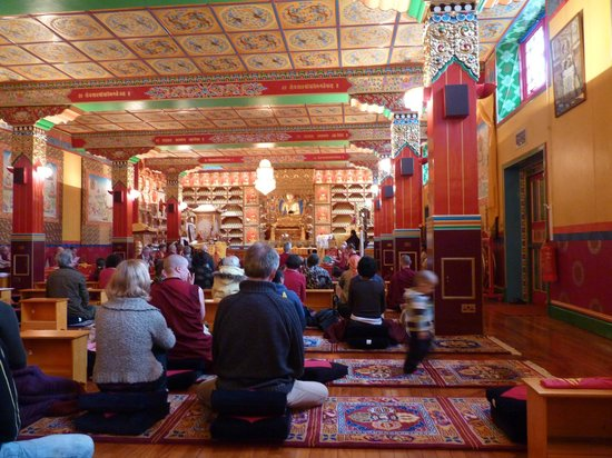 Kagyu Samye Ling Tibetan Buddhist Monastery and Centre for World Peace and Health: Temple, empowerment day