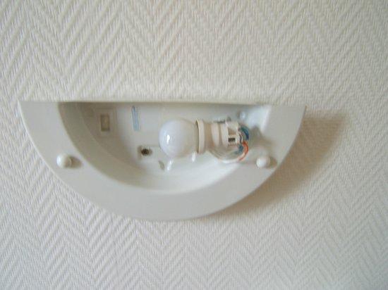 Hotel Montpellier: applique dans la chambre