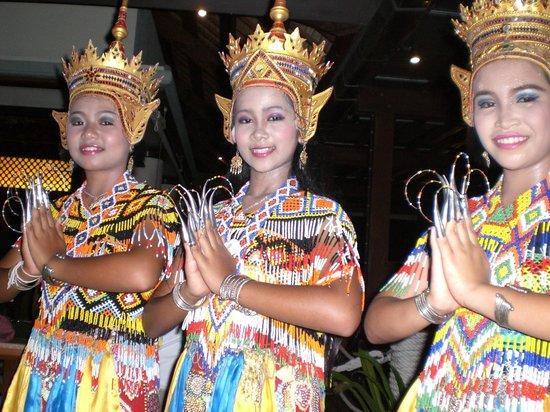 Centara Grand Beach Resort & Villas Krabi: serata THAI