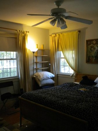 Sanborn Guest House: bedroom