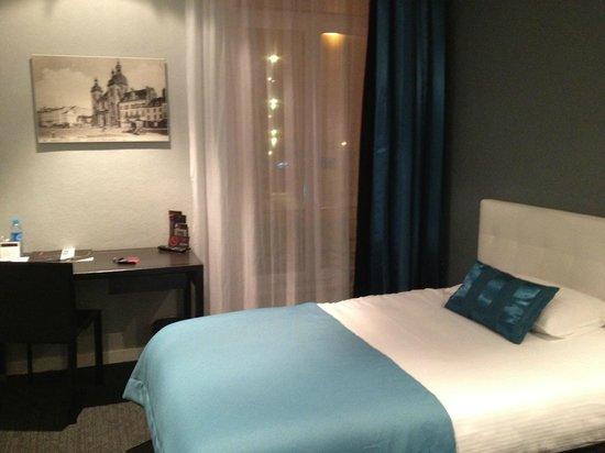 Hotel Le Saint-Georges: Chambre solo