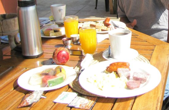 Khweza Bed & Breakfast: Breakfast every morning included