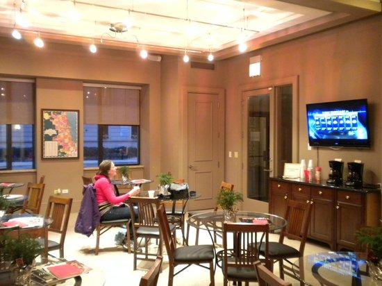 Dewitt Hotel & Suites: guests lounge