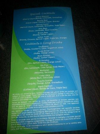 Silva Beach : The bar cocktail menu.