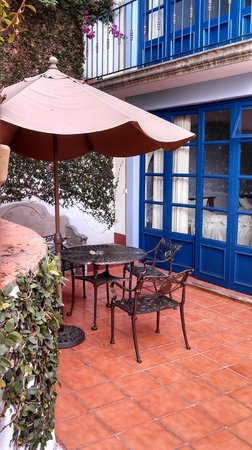 Posada Del Cafeto: A view of our suite from outside the walk out patio.