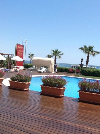 Crowne Plaza Hotel Antalya: Pool area