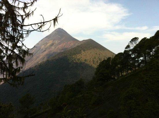 Acatenango Volcano: fuego