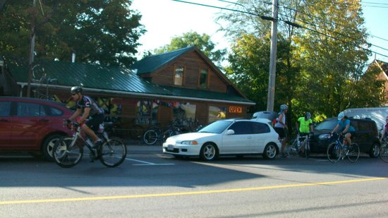 Bloomfield Bicycle Company: early morning bike shop!