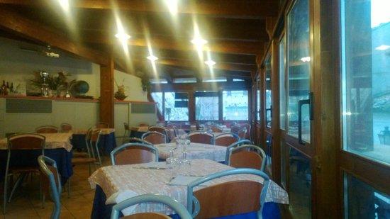 La sala ristorante. - Picture of Ristorante Pizzeria La terrazza ...