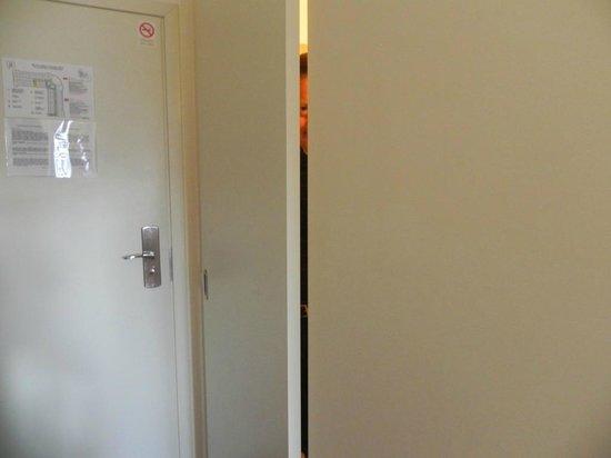 Corner Hotel: No, it's not a closet, it's bathroom!