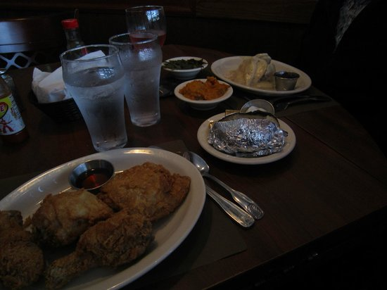 The Colonnade: Fried chicken and turkey dinner