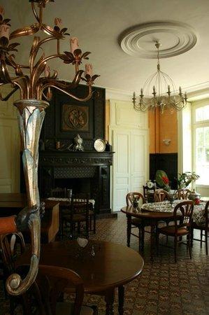 Manoir de Montflambert: La salle à manger
