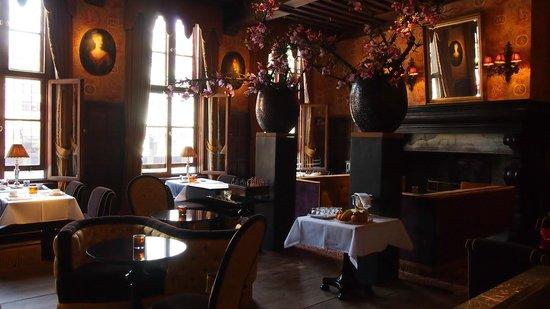 Hotel de Orangerie: Lovely restaurant