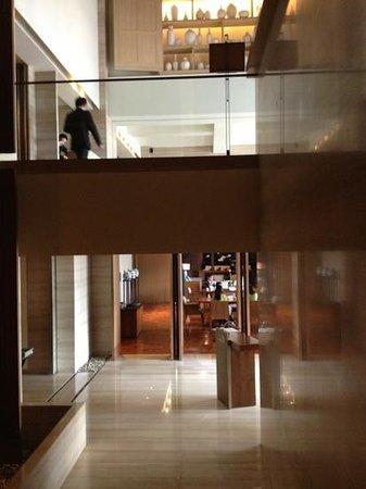 Les Suites Orient, Bund Shanghai: Reception