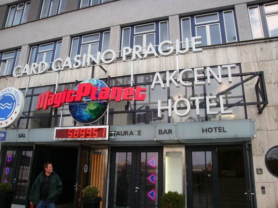 Akcent: Front of Hotel so You don't miss it - Casino Sign and Hotel