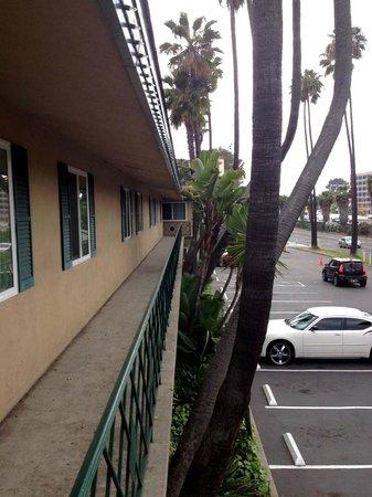 Kings Inn San Diego: Architectural Style