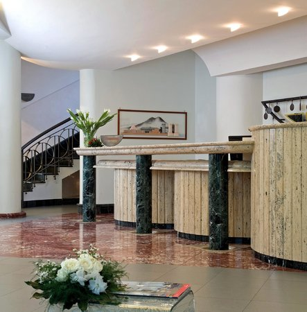 Grand Hotel Meridiana Lettere: ricevimento