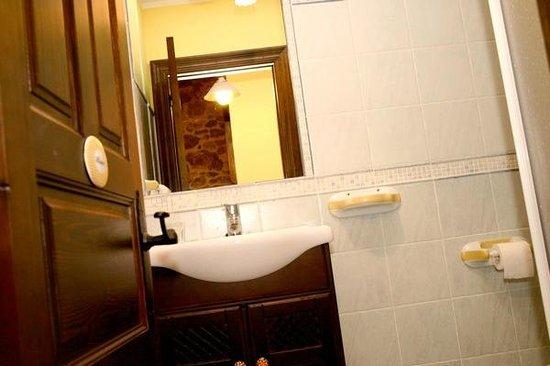 El Rincón del Sella: Baño salón