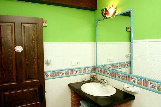El Rincón del Sella: Baño habitación la Bolera