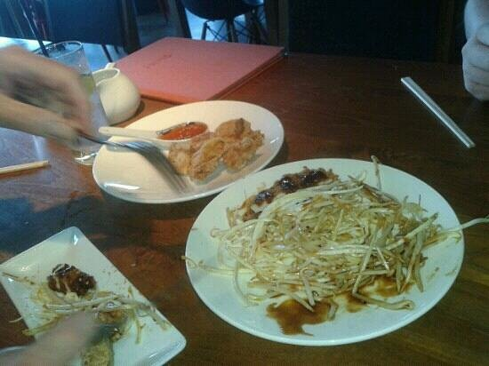 HoJos: we enjoyed the soy and ginger chicken with sweet chilli and the pork in breadcrumbs