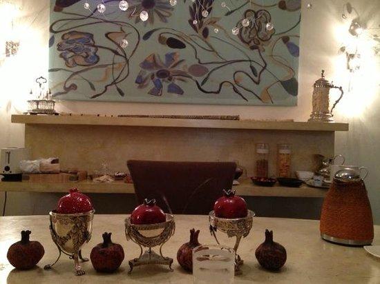 Buonanotte Garibaldi B&B : Dinning room