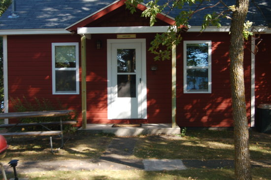 Xanadu Island Bed & Breakfast and Resort: The Maid's Cottage is cozy and inviting