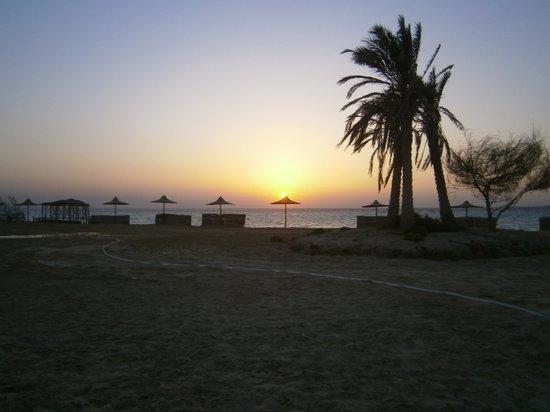 La Hacienda Beach Hotel: Sunset at beach
