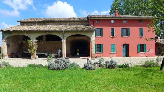 Podere Merlo Antico B&B ed Appartamento con Cucina in Parma: Mansion rural B&B